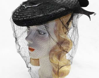 30s 40s Vintage Black Straw Tilt Hat with Black and Gray Bow Veil New York Creation
