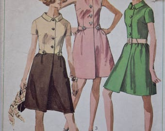 1960s Simplicity 7982 Vintage Sewing Pattern Button Front Dress with Side Tabs and Collar 60s Dress Pattern 1960s Dress Bust 32.5