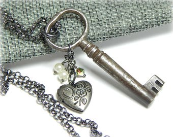 Vintage Key Necklace, Skeleton Key Necklace, Heart Key Locket, Charm Necklace for Women, Lock and Key Jewelry, Gifts for Her Under 30