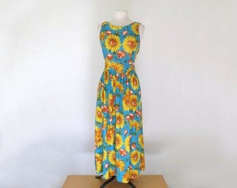 LAURYN // 90s floral dress with sunflowers and tie waist