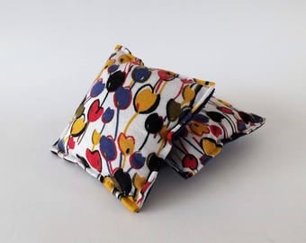 Recycled Fabric Swatch, Scrap and Offcut Pin Cushion with Eco Friendly Wadding, Sustainable Haberdashery Supplies, Tulip Print.