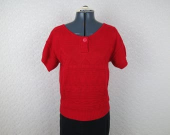 1980s Vintage Red Short Sleeve Sweater - by Keneth Too - Bust 35
