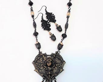 Black and Gold Necklace Set, Brass, Heart and Lady, Czech beads, baroque pearls