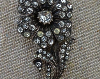 Beautiful Vintage Victorian Style Sterling Rhinestone Flower Floral Brooch Pin