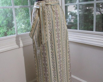 50s/60s Long Skirt, Yellow and Blue Pastels Fabulous Print with Pearl White and Buttons, Sash, Small