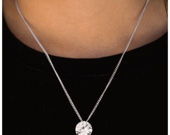 What A Gem-White Necklace Paparazzi Jewelry