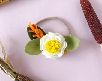 Single Flower Headband or Alligator Clip // Candy Corn Color, Fall Carnation Felt Flower