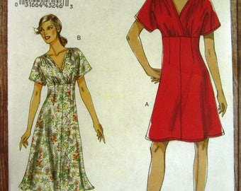 Very Easy to Sew Misses Dress in Two Lengths Sizes 8 10 12 14 16 Very Easy Vogue Pattern V8632 UNCUT