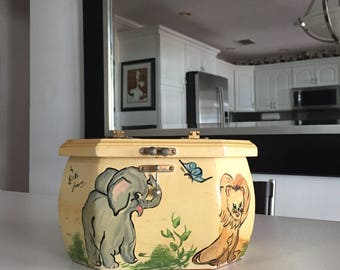 Wooden Box Purse/JUST REDUCED/ Mid Century Box Purse/Hand Painted Elephant/Hipo/Lion/Tiger/Butterfly By Gatormom13 By Gatormom13