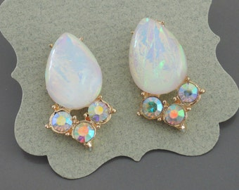 Opal Earrings - Crystal Earrings - Stud Earrings - Gold Earrings - Bridal Earrings - White Opal Earrings