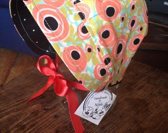 Bonnet-3-6m Rose with black polka dots