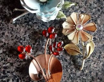 Lot of 3 Vintage 1950s Floral Brooches
