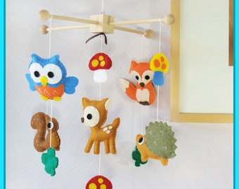 Baby Mobile, Forest Mobile, Woodland Friends Nursery, Creature Friends, Fox Deer Porcupine Squirrel Owl Clover Leaf and Mushroom
