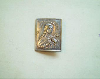 St. Teresa of the Child Jesus - Miniature French Religious Plaque or Pin - Fr M Bernard - Catholic - Sancta Teresia A Jesu Infante