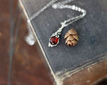 Vintage Amber Necklace, Sterling Silver Necklace, Amber Teardrop pinecone