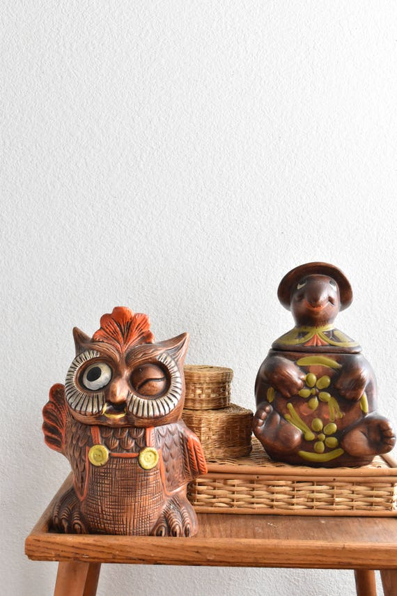 large ceramic turtle cookie jar / kitschy kitchen decor