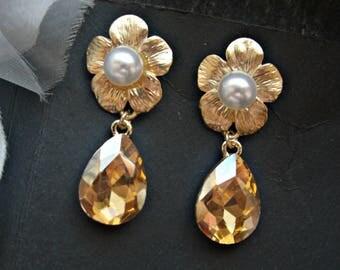 set of 3 bridesmaid golden earrings bridal gold earrings bridesmaid earrings champagne earrings rhinestone earrings wedding vintage earrings
