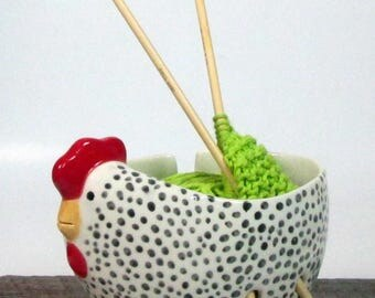 Yarn bowl Ceramic Knitting bowl Hen Crochet Knitter gift Hand Painted Ready to ship