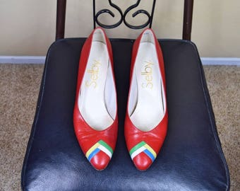 Theres No Place Like Home - Vintage Bright Red Kitten Heels with Pointed Toe and Colorful Accents on Toe Womens Size 9