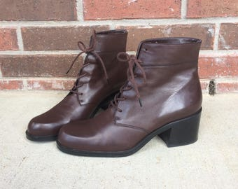 vtg 80s brown LACE UP Ankle BOOTS boho 8.5 leather preppy booties heels grunge brogues riding shoes equestrian