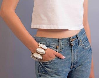 Mod Lucite Bracelet / Vintage 60s Bracelet / Costume Jewelry / Statement Jewelry / Oversized Bracelet