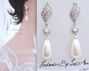 Pearl drop Earrings, Brides pearl earrings, Sterling posts, Pearl wedding earrings, Brides pearl earrings, Pearl wedding earrings