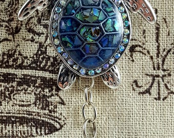 Portuguese Knitting Pin and Pendent, Large Sea Turtle Pin, Imitation Paua Shell, Chunky Yarn Knitting Pin