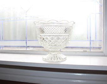Vintage Glass Compote Candy Dish Trifle Bowl Wexford Anchor Hocking
