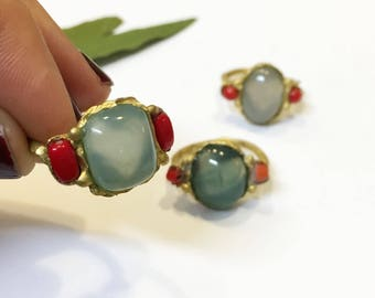 green agate ring, rustic linker, real agate and coral ring, gift for her, love gift, powerful ring, green stone, mai solorzano, hart ring
