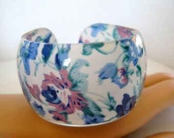 Blue Floral Bangle - Wide Plastic Cuff Bracelet - Lovely Flowered Bracelet
