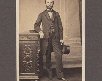 Early Reutlinger CDV of a Distinguished Looking Man