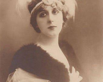 French Actress Gabrielle Robinne Antique Photo Postcard