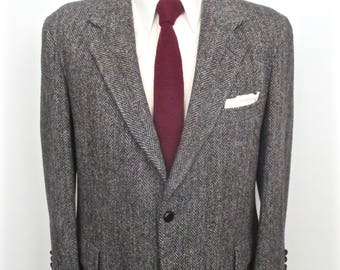 Harris Tweed Sport Coat with leather knot buttons / vintage Kuppenheimer gray herringbone wool suit jacket / men's large