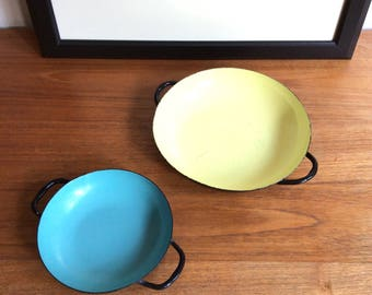 Set of 2 Sizzling Servers by Lantoni, Enamel Pans with Handles, Made in Italy