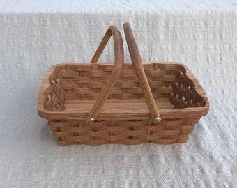 Bread serving basket with handles Oak wood