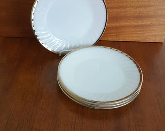 Set of 4 Anchor Hocking Fire King Milk Glass Dinner Plates