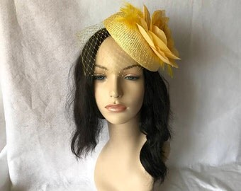 Yellow Fascinator Hat for Wedding, Mother Of Bride, Kentucky Derby, Tea Party, Kate Middleton hat, Cocktail Party, Hat for the Races