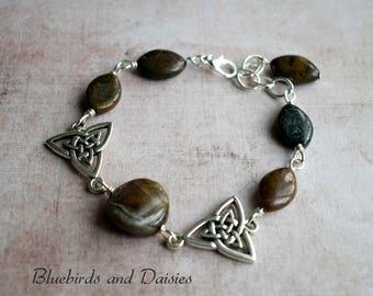 Jasper Bracelet - Triquetra Bracelet - Trinity Knot Bracelet - Crystal Bracelet - Wiccan Jewellery - Gemstone Bracelet - Celtic Jewellery