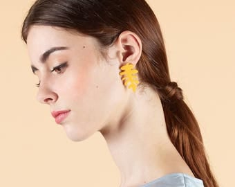 Boucle d'Oreille MATIS  • mignon • cadeau • noel • pastel • feuille • minimaliste •