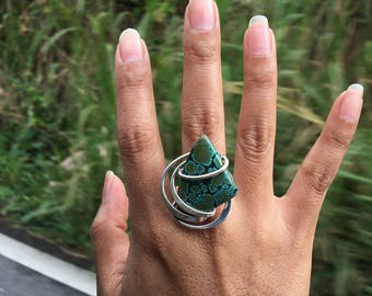 TURQUOISE WAVE RING // Turquoise Ring, Green Ring, Blue Ring, Wire Wrap Ring, Wire Ring, Wirewrap Ring, Silver Ring, Sterling Silver Ring