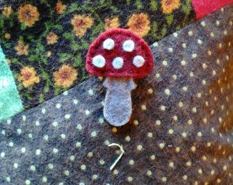 Amanita Muscaria Wool Felt Lapel Pin
