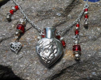 LOVE POTION NUMBER 9 - Funky Fangles Necklace
