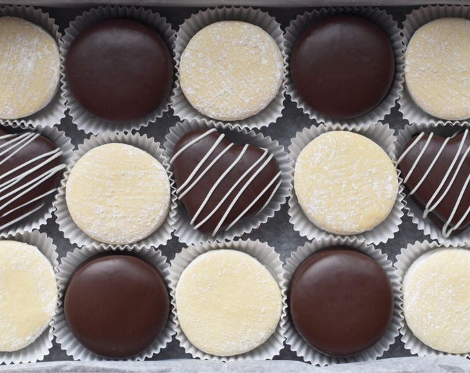 Featured listing image: FREE SHIPPING Assorted Alfajores & Gift Box: Chocolate and Traditional Alfajores
