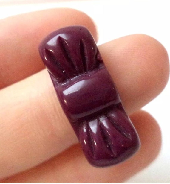 Darling Vintage Purple Lucite Bow Cocktail Ring Size 6