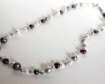 Pearl necklace//Hand knotted//White, grey, bronze & peacock fresh water pearls