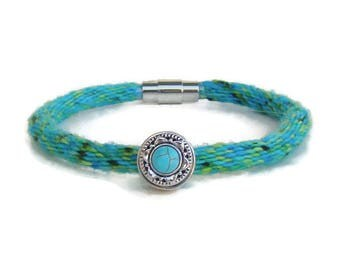NEW woven blue and green specialty yarn kumihimo snap bracelet with magnetic clasp and faux turquoise snap button, for ginger snaps