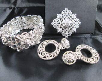 Vintage Crown Trifari Silver Tn Filigree Jewelry Set Brooch / Pin + Bracelet + Dangle Earrings Mid Century Signed