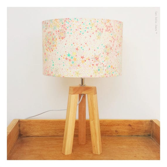 SUNNY PAULINE tripod lamp