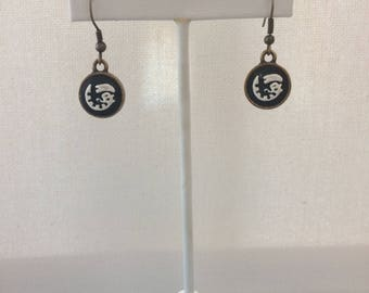 Alien Cameo Earrings