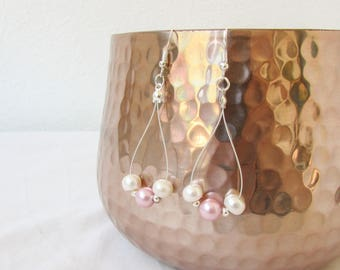 Baby pink pearl earrings, freshwater pearl bridesmaids earrings, sterling silver earrings, bridesmaids jewelry handmade in the UK